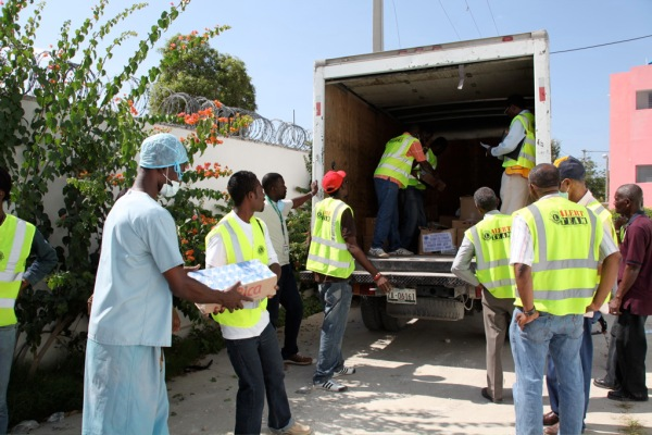 Lions Deliver Relief Supplies to Haiti