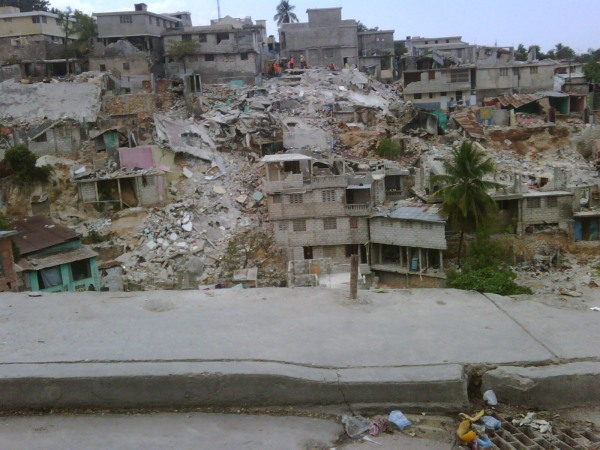 LCIF Tours Earthquake Damage in Haiti