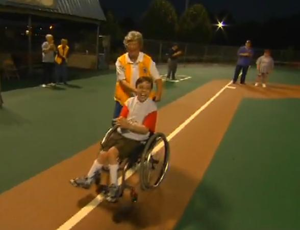 "Lions in Alabama Build a ""Field of Dreams"" for Disabled="