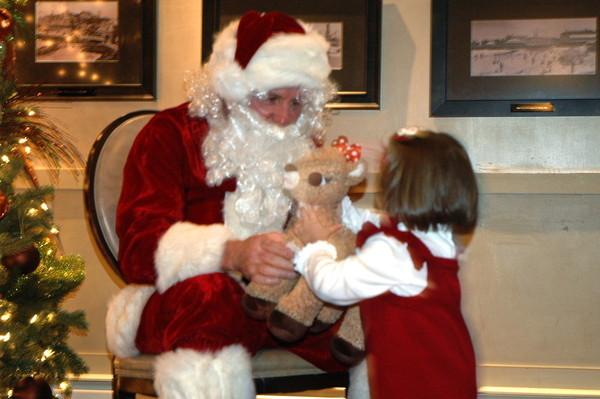 Narragansett Lions Club Hosts Breakfast with Santa